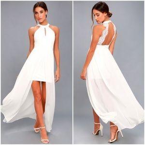 NWT Lulus White Lace Maxi Dress